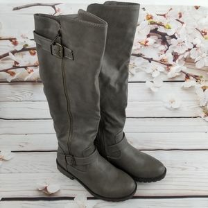 Gray leather buckled boots